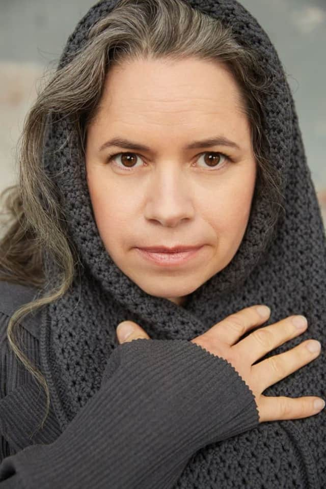 Who was one of the hottest female singer-songwriters of the '90s? Natalie Merchant. Test your '90s trivia at a special library-hosted event at a Hackensack pub.