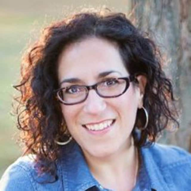 Join the Millbrook Library for a discussion and practice session of Bowen Therapy with Danielle Molella of Blue Dragonfly on Jan. 6.