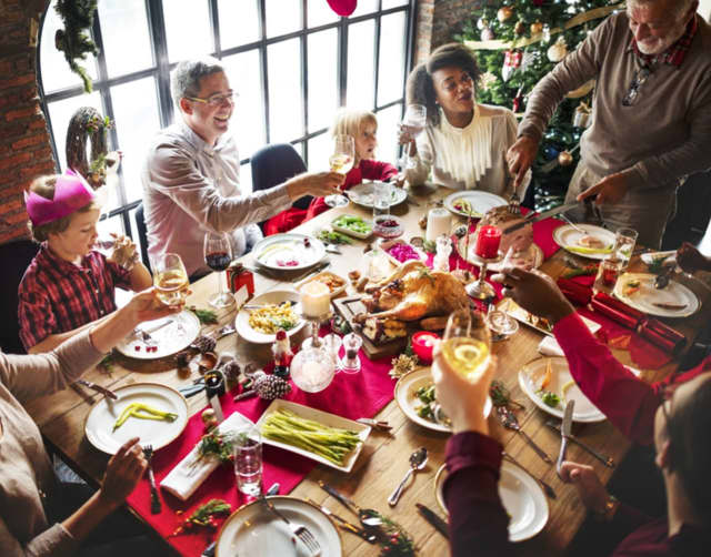 WMCHealth explains five ways to stay healthy at the table this holiday season.