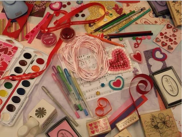 """Kids' """"Heart Art"""" will help complete a mural."""