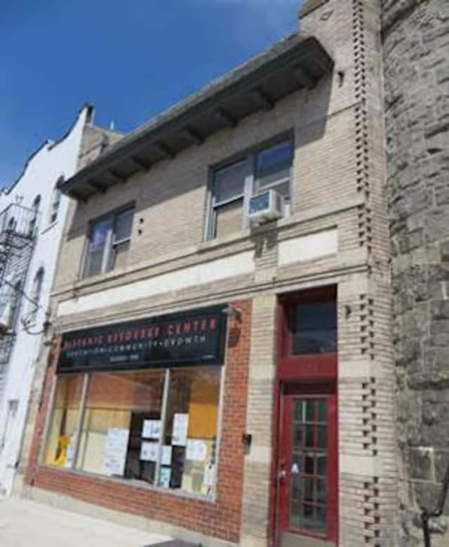 Houlihan Lawrence recently sold this property at 623 Mamaroneck Ave.