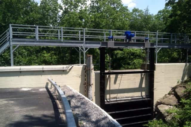 A cyberattack on the Bowman Avenue Dam in Rye Brook has raised concerns over an apparent gap in communication between the federal government and local first responders.