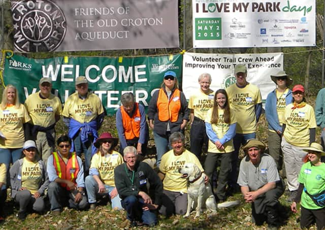 Volunteers at I Love My Park Day on the Old Croton Aqueduct in 2015.