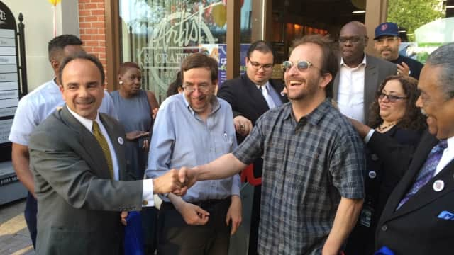 Bridgeport S Artist And Craftsman Supply Store Holds Grand Opening