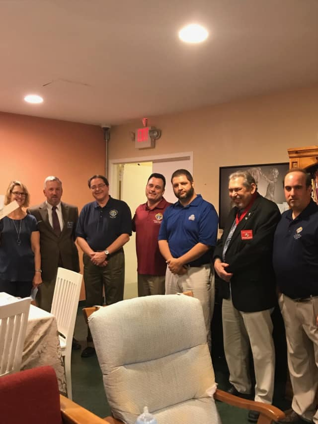 Malta House Chair Kim Petrone, with Knight of Columbus Golf Committee members Jeff Thompson, Greg Matera, George Ribellino, Mike Lauzon and Anthony Armentano