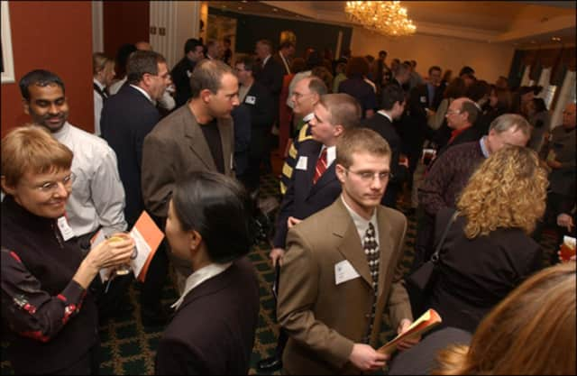 There will be a professional networking meeting Tuesday,Jan. 26 in the Teaneck Five Star Premier building on Pomander Walk.