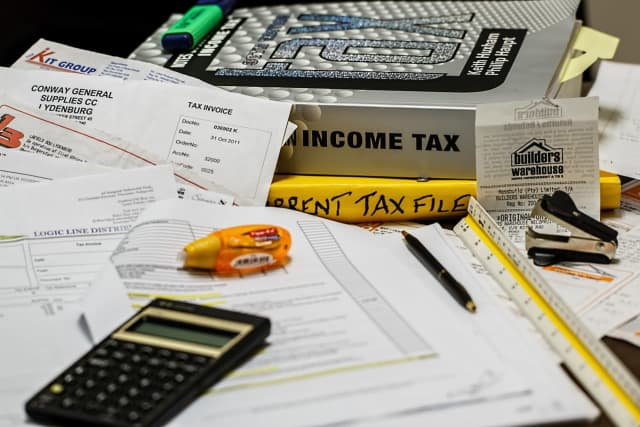 Pennsylvania residents should expect to see delays in federal stimulus check delivery if they used tax preparation companies to file their taxes, officials announced.