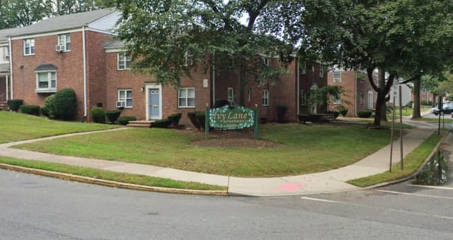 Ivy Lane Apartments, Bergenfield