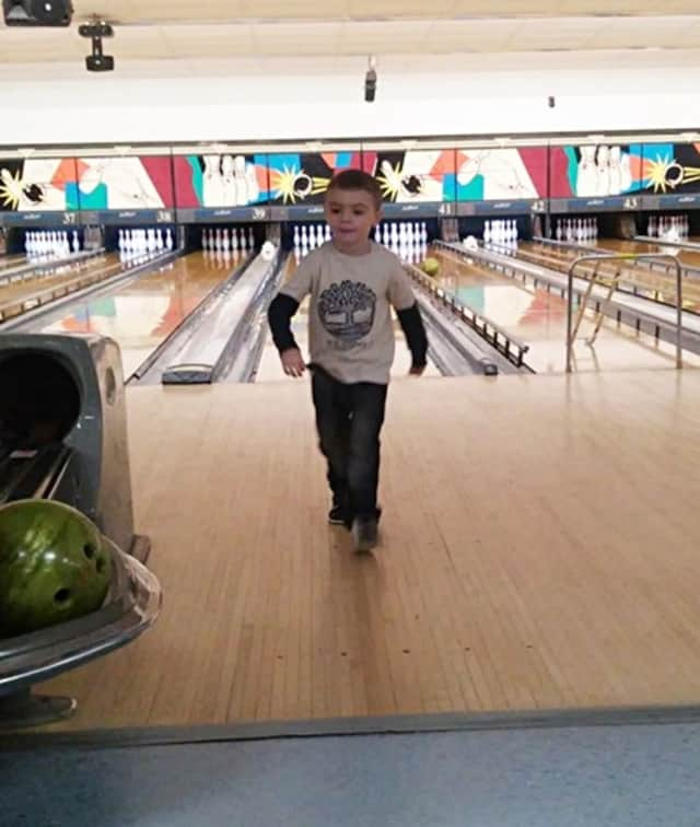 Pequenakonck Elementary boys will be able to bring guests bowling on Jan. 21.