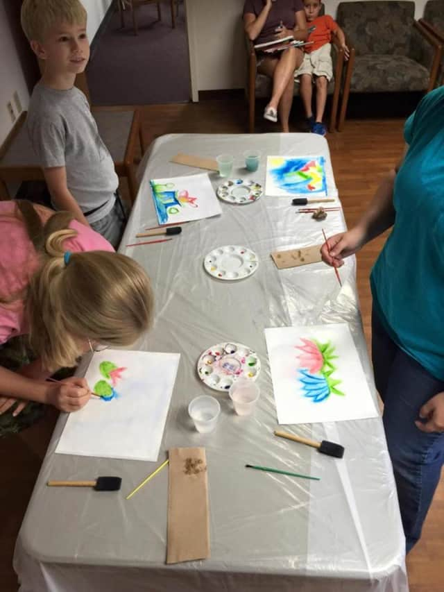 A kids watercolor class will be offered, beginning in May, at the Palisades Park library.