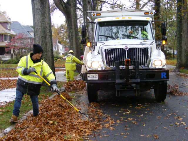 Ridgewood DPW leaf collection is behind schedule.