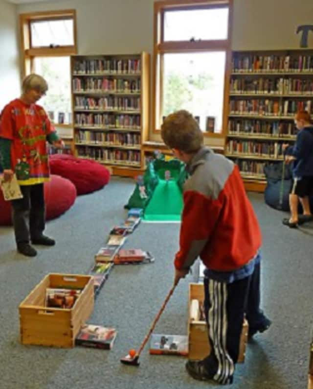 Win prizes at Norwalk Public Library's mini-golf event Oct 10-11.
