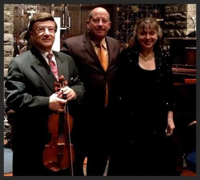 The Con Brio Ensemble will perform classical music at the New Rochelle Library.