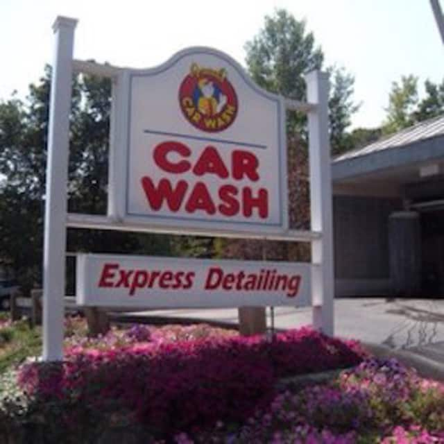Fred's Car Wash in Fairfield and Norwalk is offering free service to veterans on Wednesday.