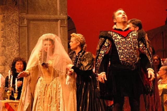 """Verismo Opera presents """"Lucia di Lammermoor"""" with discounted tickets for children and seniors."""