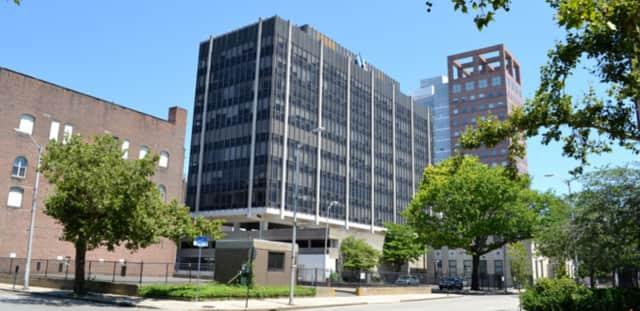 Darien Rowayton Bank will open an operations center at 855 Main St. in Bridgeport.