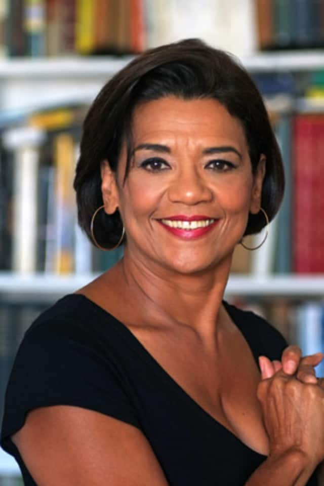 "Sonia Manzano, star of ""Sesame Street,"" will be the keynote speaker for the United Way's Hometown Heroes benefit in Danbury."