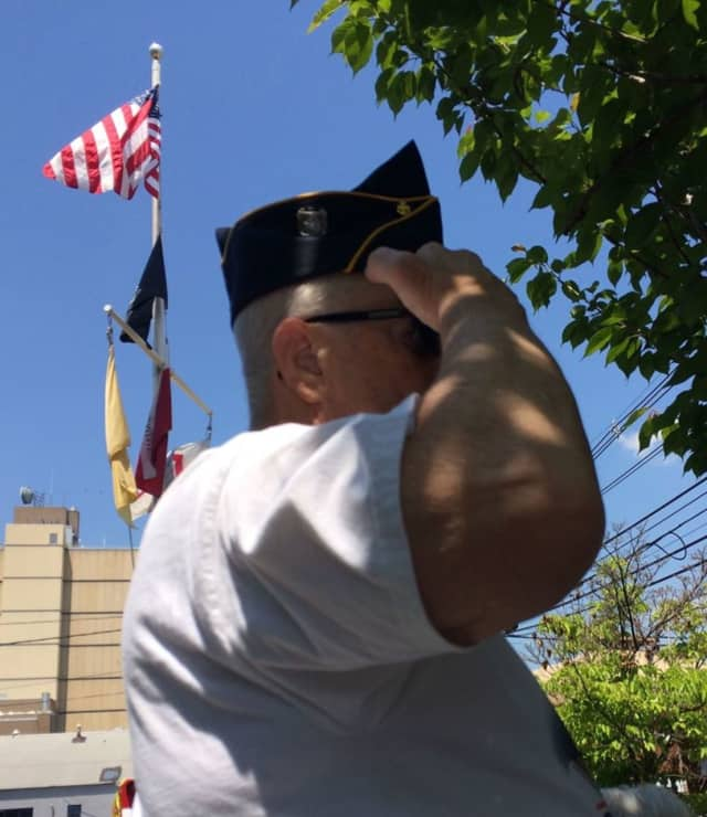 Edgewater will celebrate Memorial Day with a Mass, march and memorial service.