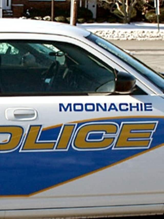 The Moonachie Police Department now serves as the primary police agency for Teterboro.