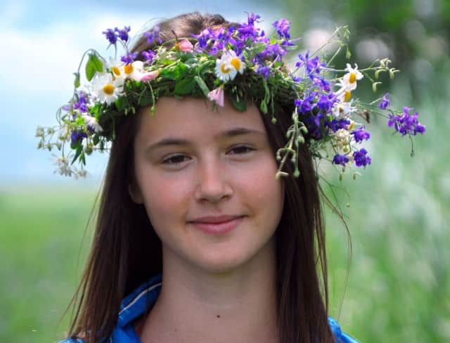Make a flower crown at the 5th Annual Fall Festival.
