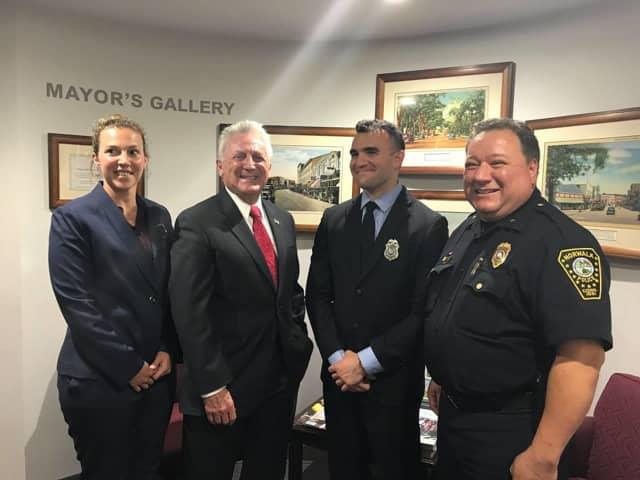 Officer Stephanie Howard, Mayor Harry Rilling, Officer Ralph DeVito, Deputy Chief Ashley Gonzalez.
