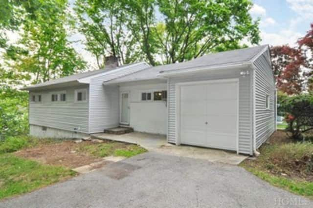 This single famly home in Dobbs Ferry can be viewed Saturday from 1-3 p.m.