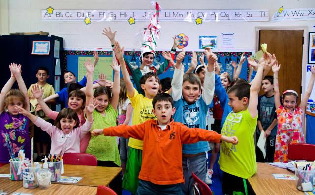 Tuckahoe elementary students were introduced to the basics of the Italian language by La Fata Italiana.