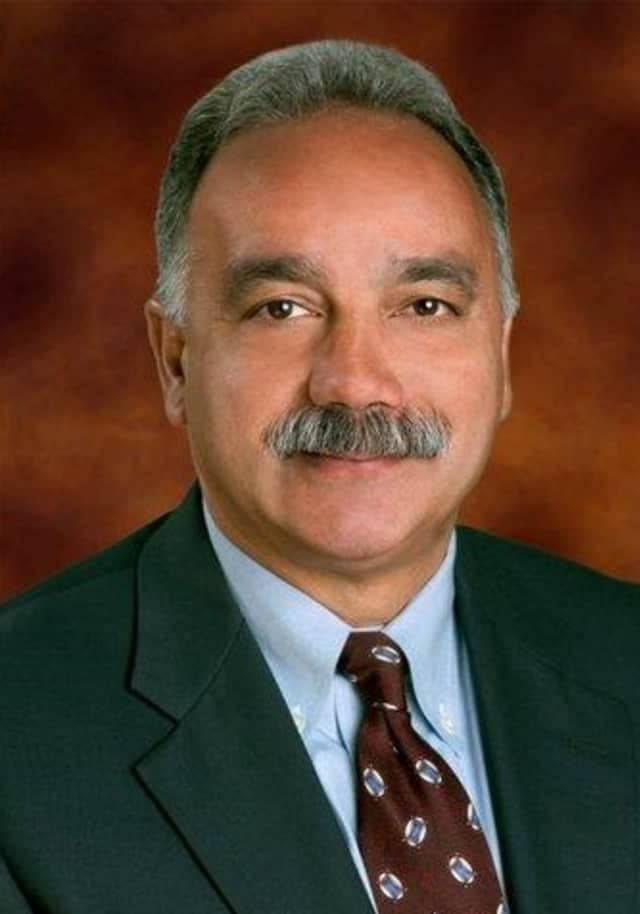 Manuel J. Rivera, an education consultant and former superintendent of the Rochester, N.Y. school system, has been chosen to run Norwalk's schools, beginning July 18.