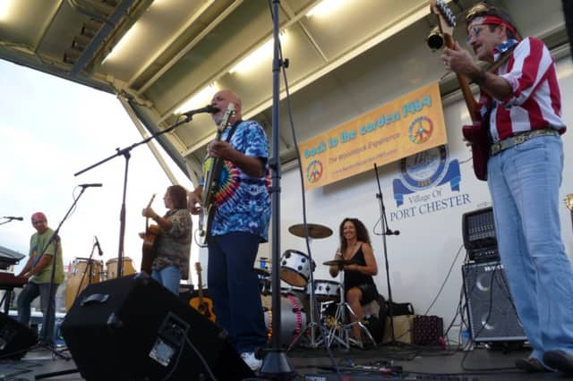 Back to the Garden 1969 will recreate the Woodstock Festival at Riis Park in Harrison Wednesday night.