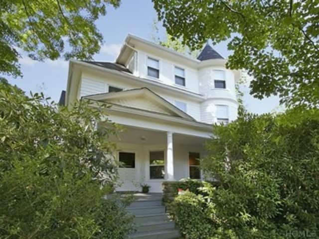 To see more open houses in Scarsdale this weekend, visit our Real Estate page.