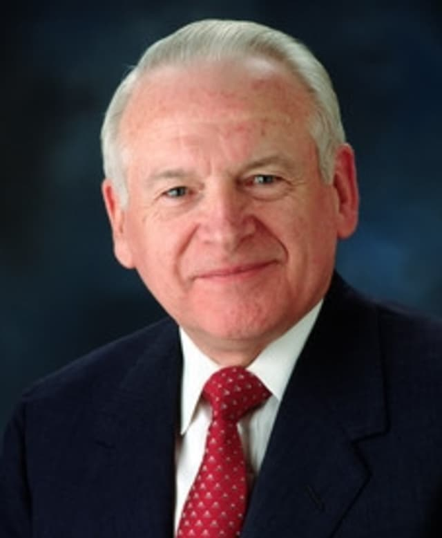 Philip Caldwell retired to New Canaan after his years at Ford Motor Co.