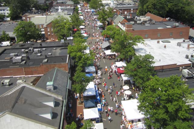 The New Canaan Chamber of Commerce's annual Town Fair and Sidewalk Sale will return for its 48th year Saturday.
