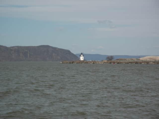 Tarrytown-Hudson River