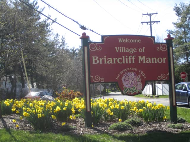 Construction on Pleasantville Road is set to continue this week, according to Briarcliff Manor village officials.