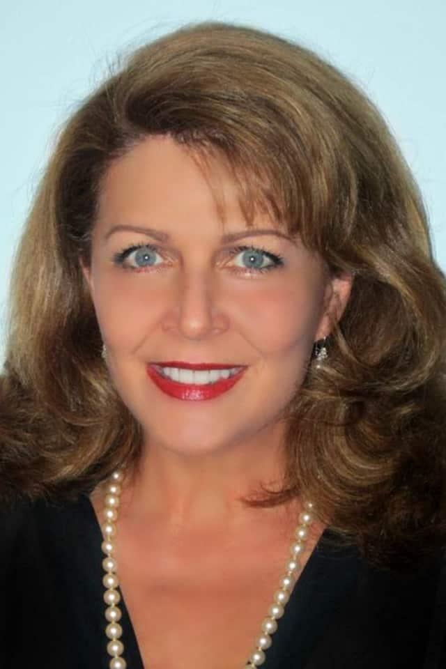 Deborah Fountain Fugazy has joined Douglas Elliman Real Estate in Scarsdale.