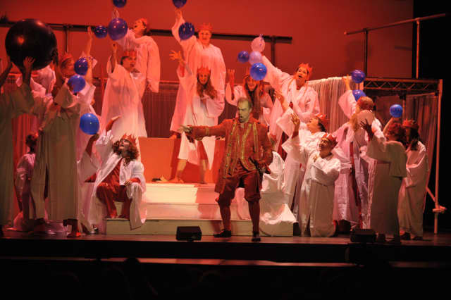 The Taconic Opera is inviting choral singers to perform a new oratorio in March.