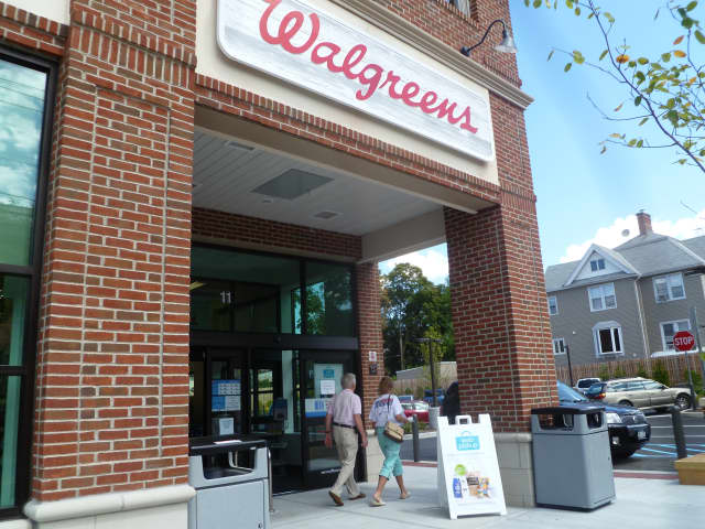 Walgreens will be closing hundreds of New Jersey locations.