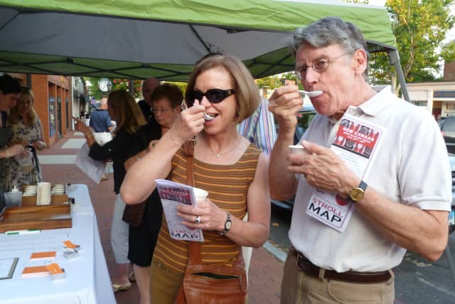 """The New Canaan Chamber of Commerce's """"Taste of the Town Stroll"""" returns Thursday evening."""