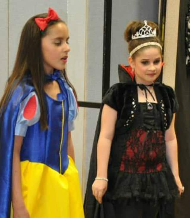 "Croton's Jessica Goetchius and Helen Jacobson in the Actor's Playgound production of ""Snow White."" The Croton-on-Hudson based group will host a workshop Saturday at Jefferson Valley Mall in Yorktown."
