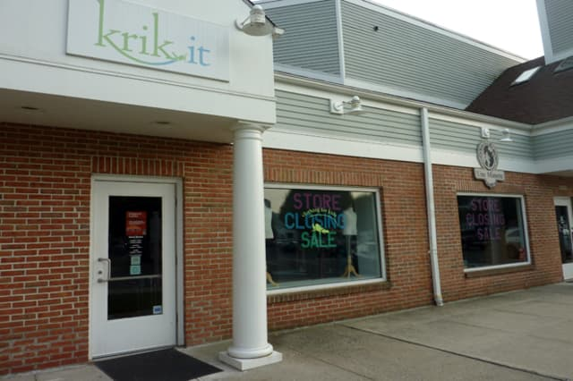 Krik-It and Une Minette, two clothing stores in Wilton Center, closed Friday.