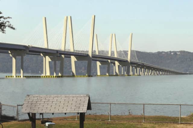 Construction to build a temporary construction platform for the new Tappan Zee Bridge is underway.