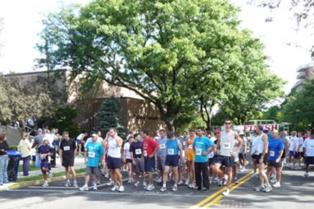 Runners at last year's Tuckahoe Challenge Road Race.