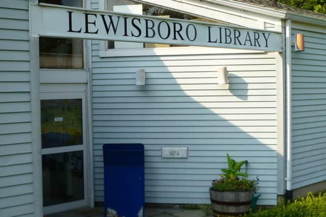 The Lewisboro Library Fair and pre-sale are coming up.