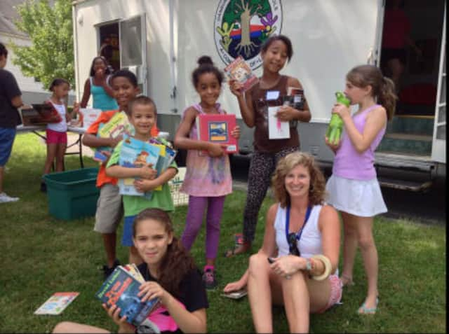 Danbury Reading Specialist Opens Literacy Mobile For Kids