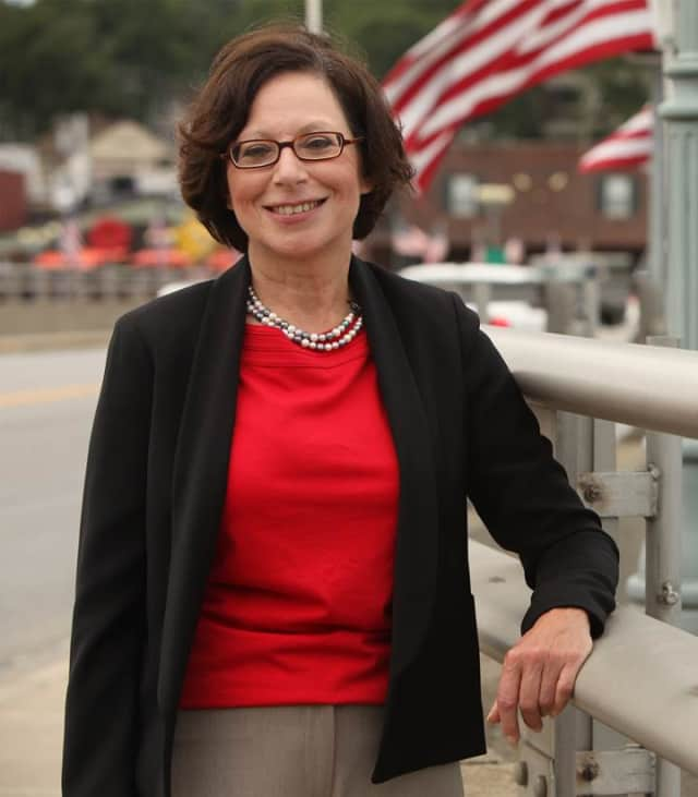 Westport Democrat Helen Garten is running for First Selectman.