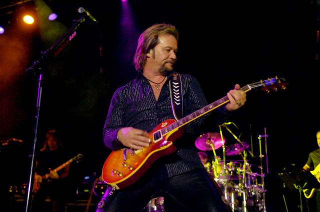 The Ridgefield Playhouse is set to present Travis Tritt for a one-night performance Sunday.