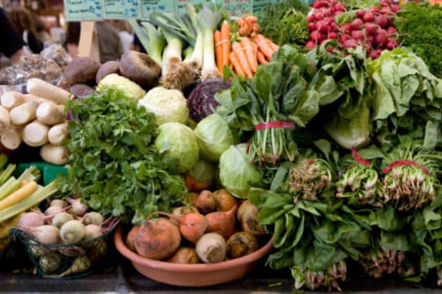The Ridgefield Community Center's farmers' market will have guest chefs all month.