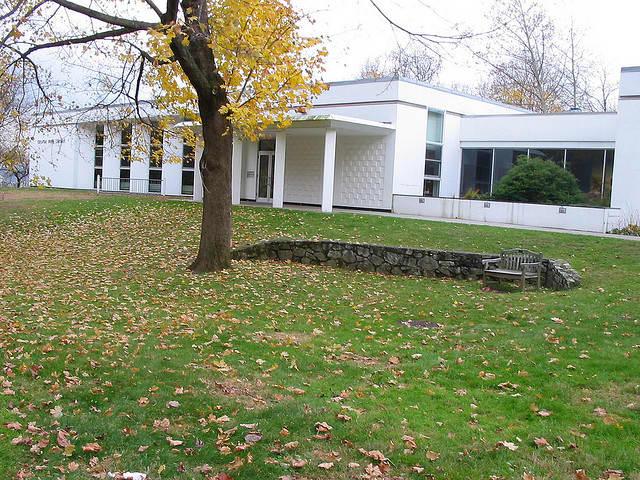 The Croton Free Library will host a program on bird-friendly gardens.
