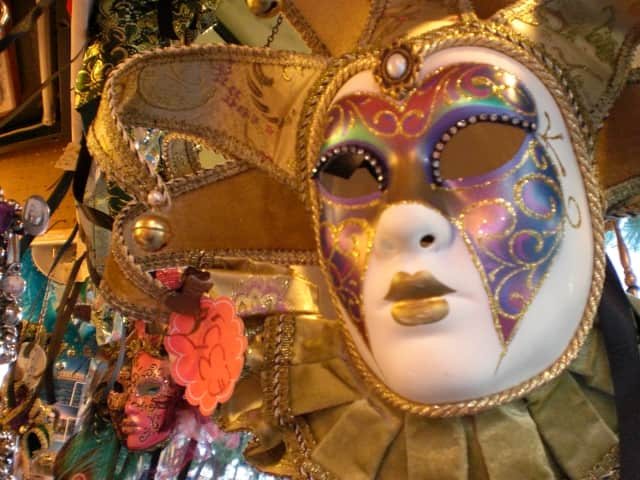 The KFM Memorial Foundation will hold a masquerade ball on Oct. 25.
