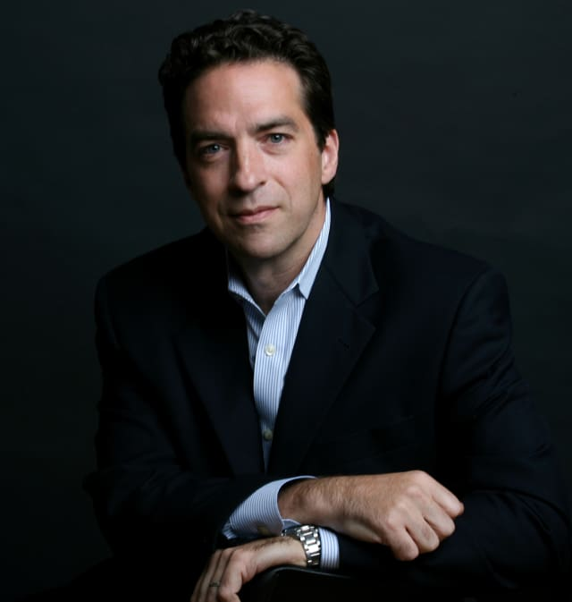 New York Times columnist Adam Bryant will share the secrets of successful leadership Nov. 18 at Manhattanville College.